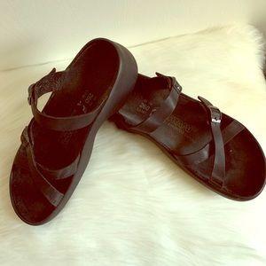 Unisex Black Tatami Birkenstock Sandals L9 or M7